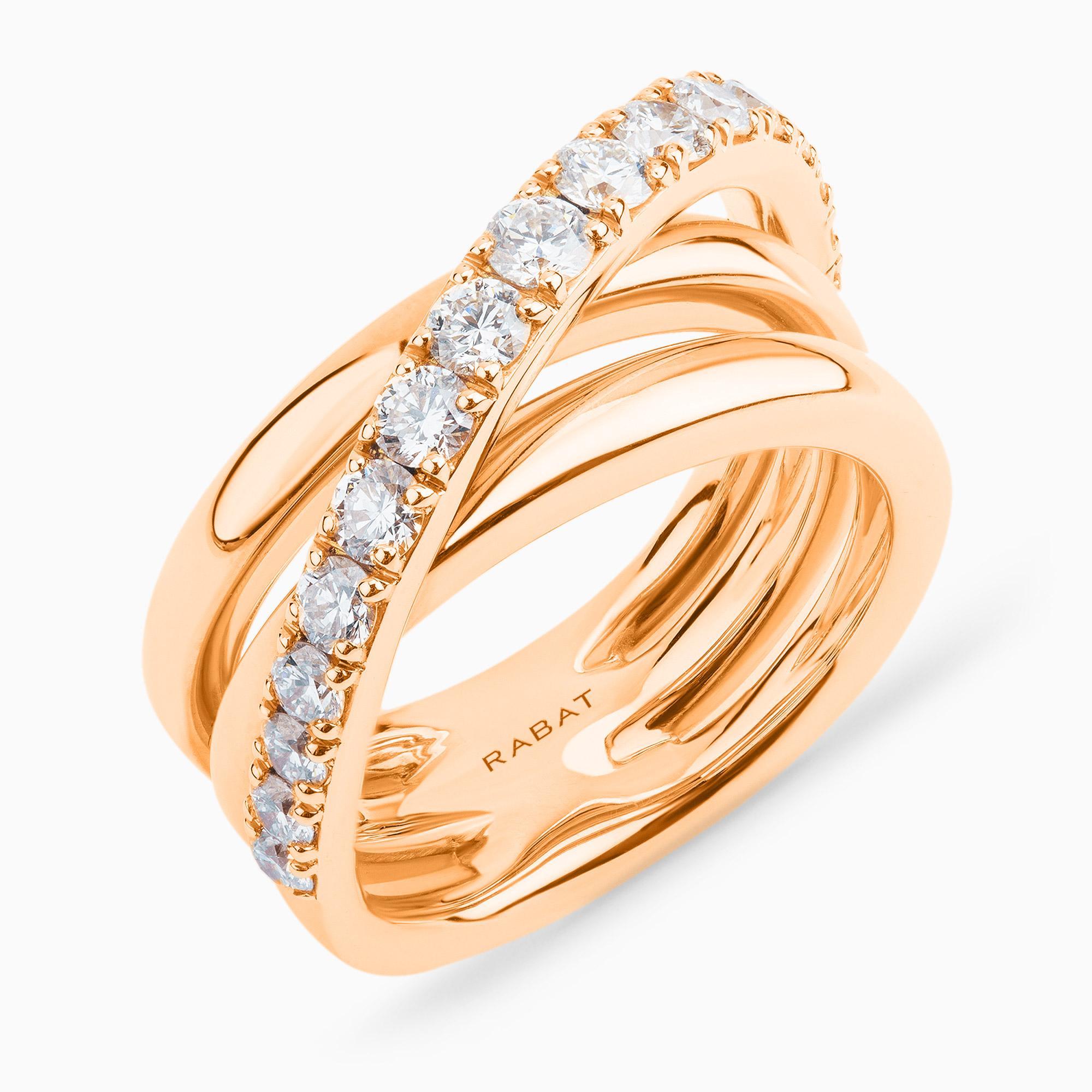 Anillo RABAT de oro rosa con una fila cruzada de diamantes