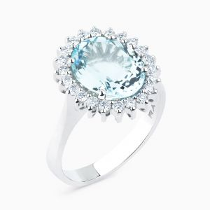 White gold ring with aquamarine