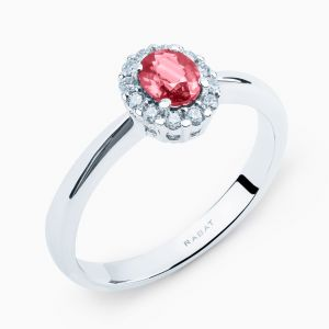 Rubi ring with diamonds