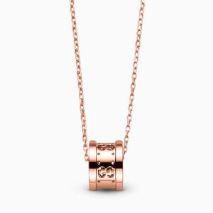 Gucci necklace in rose gold