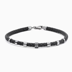 Rabat bracelet made of leather with white gold details and black diamonds
