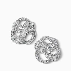 Earrings CHANEL Camelia white gold with diamonds