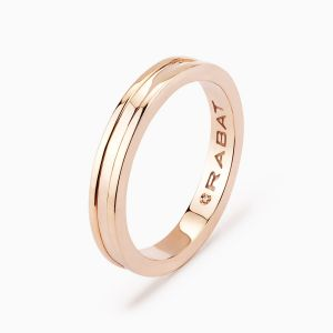 Paris wedding band in gold