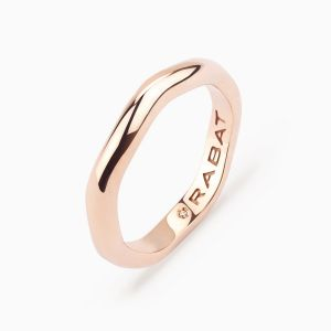 Rose wedding band in gold