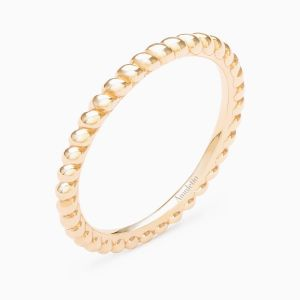 Curly Wedding Band in Yellow Gold