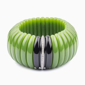 Jade bracelet with diamonds