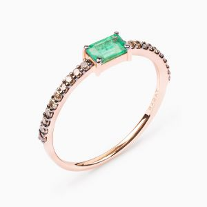 Baguette cut Emerald Ring