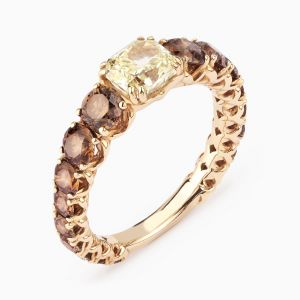 Fancy and brown diamonds ring