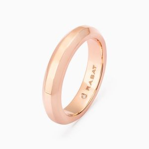 Venice wedding band in gold