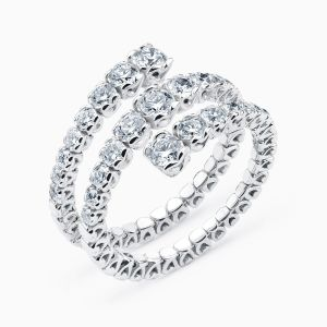 Snake Ring in Diamonds