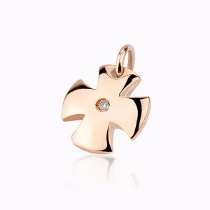 Maltese Cross charm bracelet in rose gold