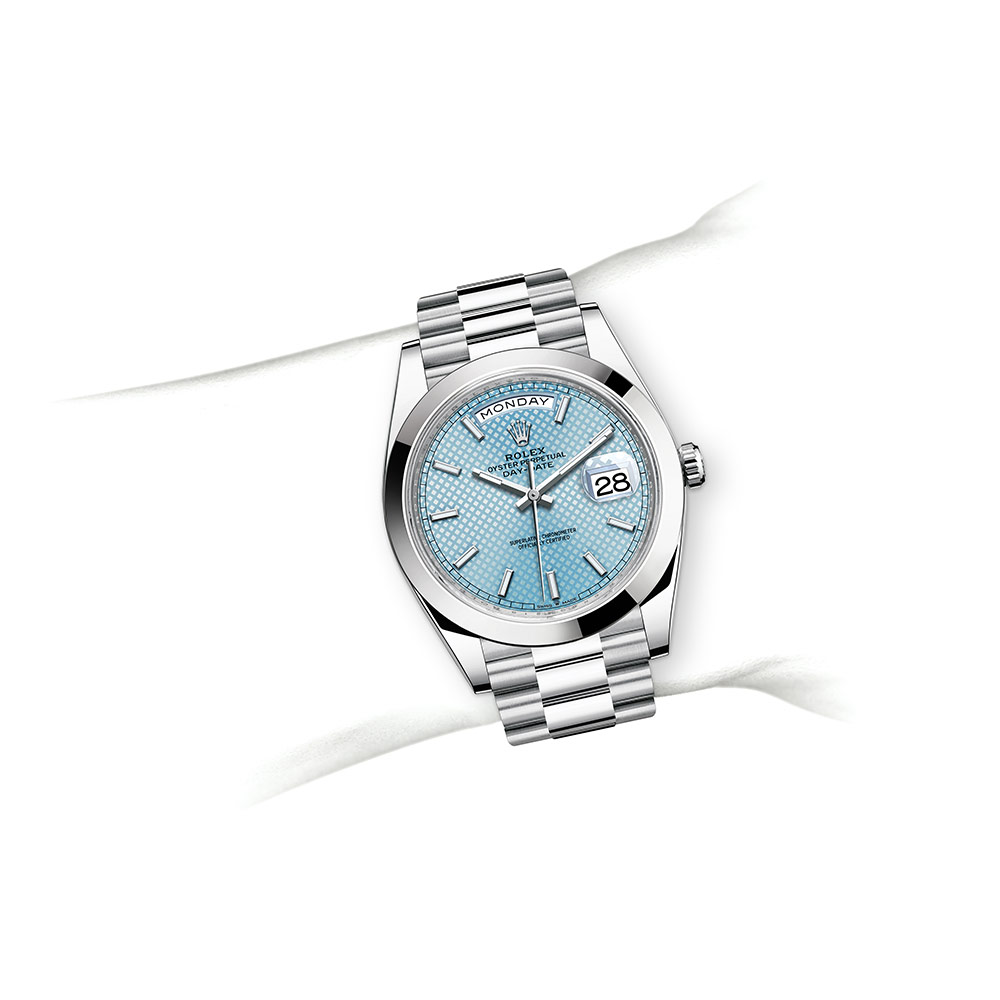 day-date-m228206-0004