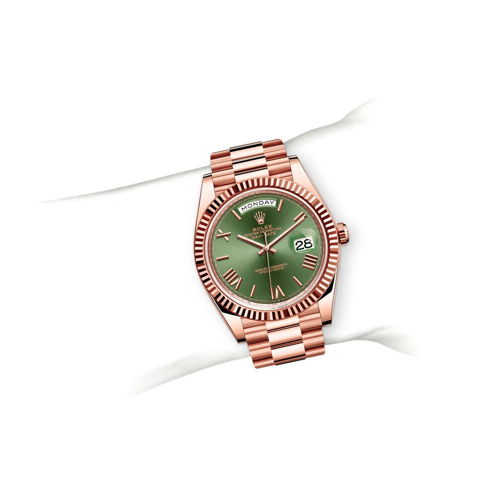 day-date-m228235-0025
