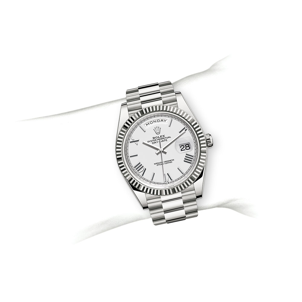 day-date-m228239-0046